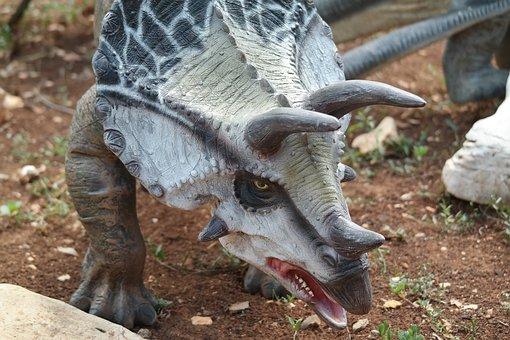 dinosaur-2641316__340
